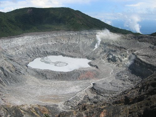 Volcan Poas in Costa Rica
